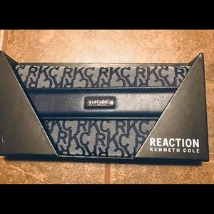 NWT Kenneth Cole Reaction Women's Wallet  (blue)